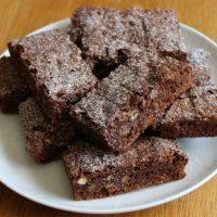 ガトーショコラとブラウニー、作るならどっちが簡単?保存の仕方は?