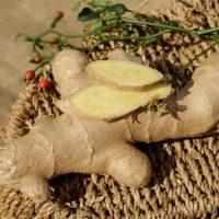 生姜の効果的な使い方は生・加熱・乾燥どれ?皮ごと使った方が良い?