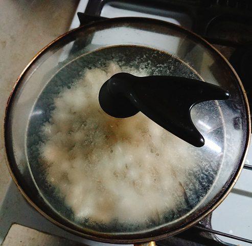 キノコの蒸し煮